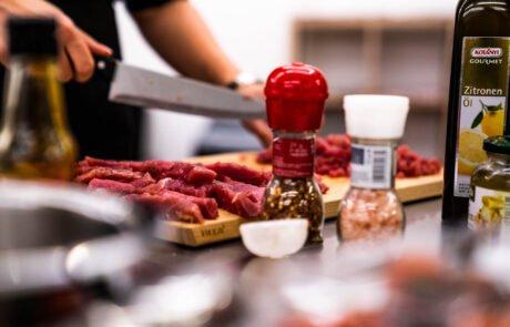 Odličen poslovni kuharski teambuilding pri Gastrofuziji