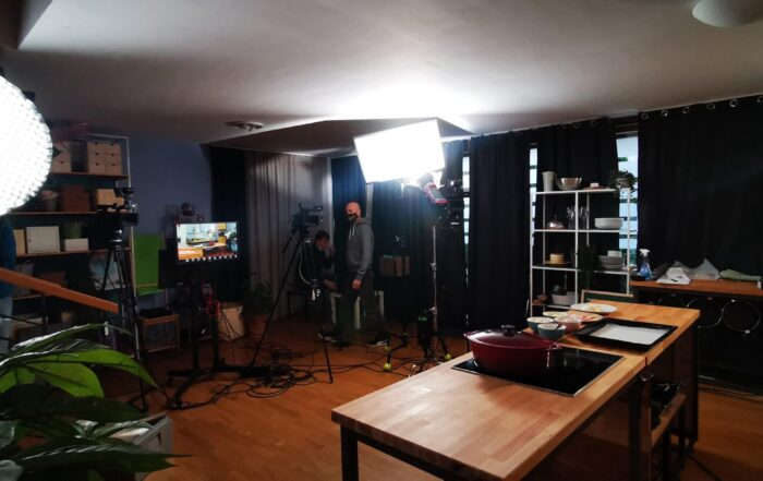 scena na snemanju Shoppster oglasa z Boštjan Palčič iz Gastrofuzija