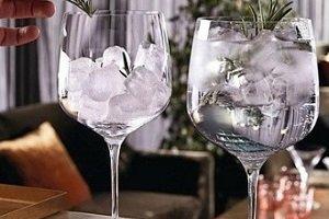 Elegantna steklovina