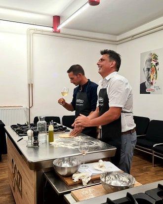 zabava v predpasnikih - sproščeni kuharski tečaj