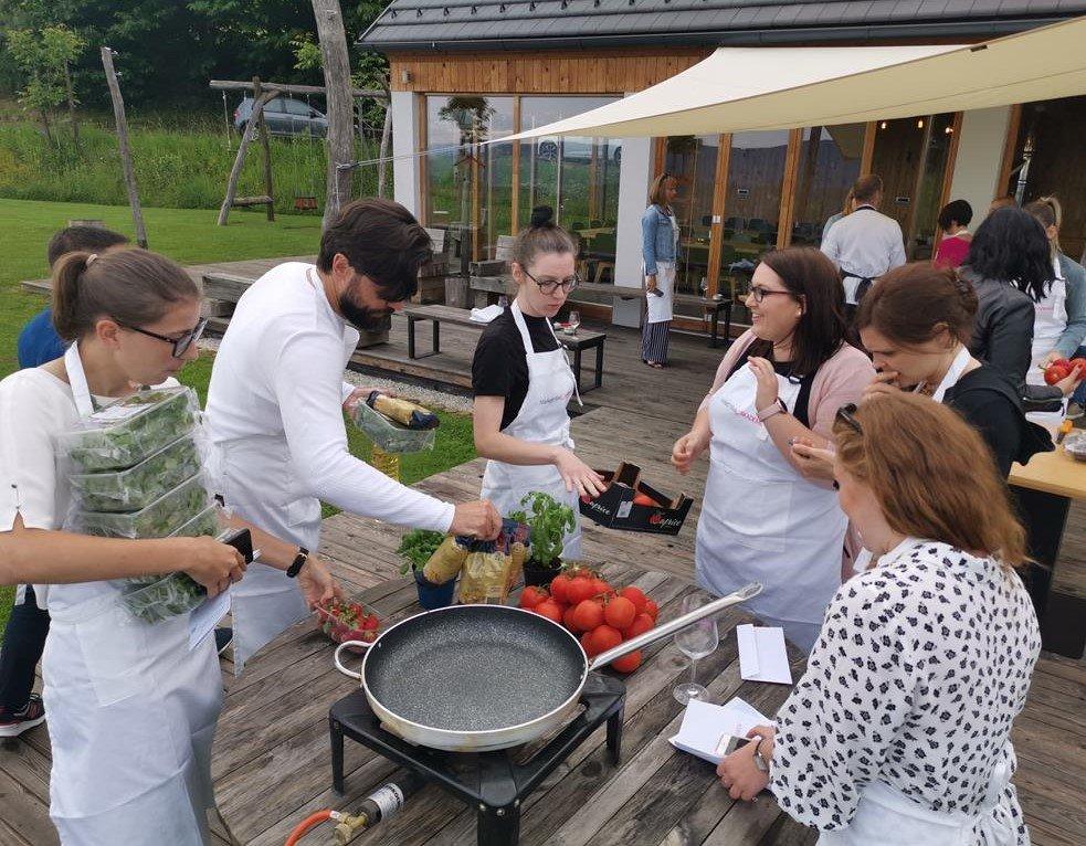 kuharski tečaj kot izvrstna popestritev prostega časa